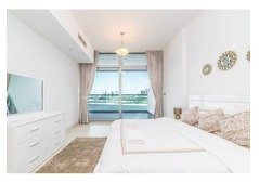 1 bed apartment with full sea view