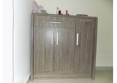 Spacious Shoe Storage For Sale Price 350 AED