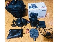 Canon EOS 750D 18-55 mm kit lens WITH tripod, Remote, Mic Urgent sale