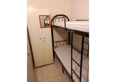 Partition 4 couplr/2 ladies near rigga metro, all included