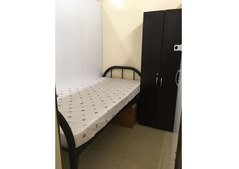 Partition room in family flat available