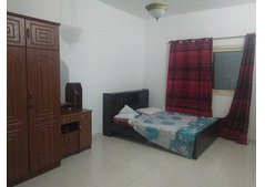 Room Partition Bed Space  Ladies Couples close to Union Baniyas Metro