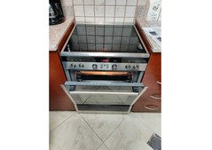 Siemens ceramic electric oven four burner