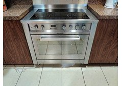 Ariston electric stove 5 burners