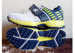 Shop CA Cricket Shoes 42 EU online in Dubai, Abu Dhabi