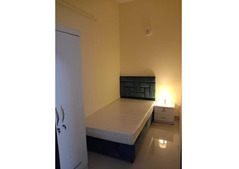 Room with Partition with Balcony in Dubai MARINA