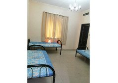 Bed Spaces for Male Females in Master Room @600 Bur Dubai Inc All