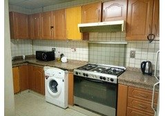 Sharing Rooms and Partitions available available, Bur Dubai
