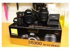 NIKON 5300 WITH LENS AND ACCESSORIES