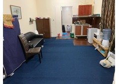 Big studio of 2 rooms for rent/ pakistani only