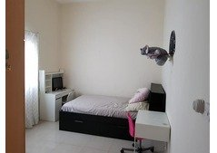 Masters Bedroom with attached Toilet, 2mins Walk from Metro Station